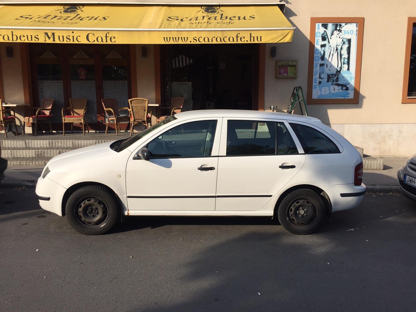 Škoda Fábiánk tökéletes állapotban várja, hogy bérlőit kiszolgálhassa