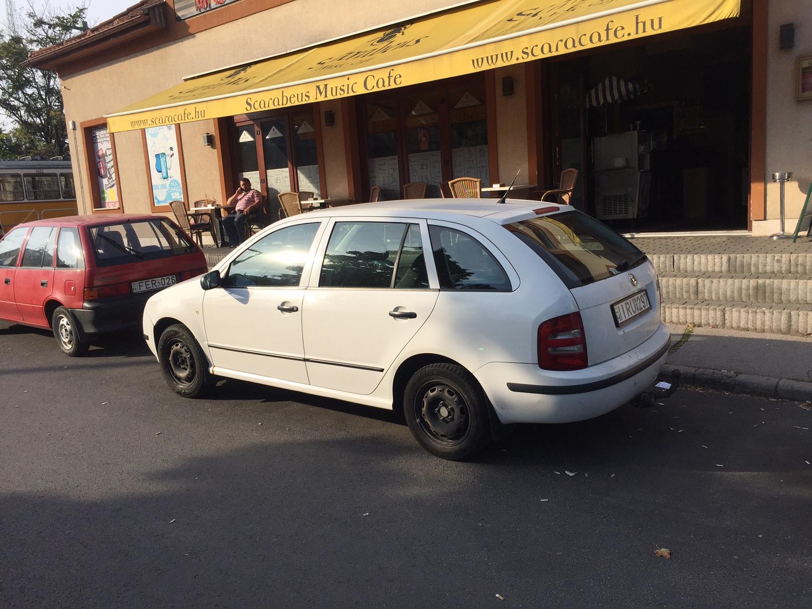 Škoda Fábiánk hátsó része is tökéletes, úgy mint az egész kocsi
