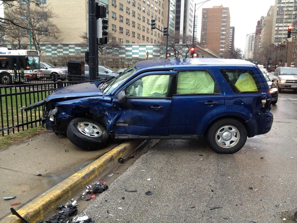 baleset vezetés közben